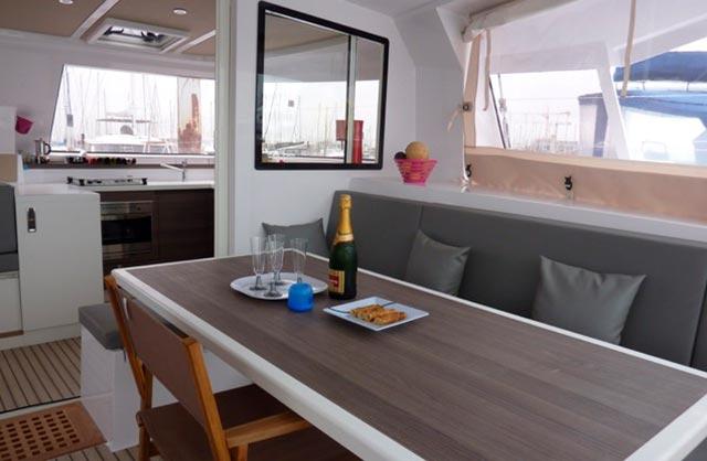 alquiler catamarán Ibiza, Alquiler de barcos