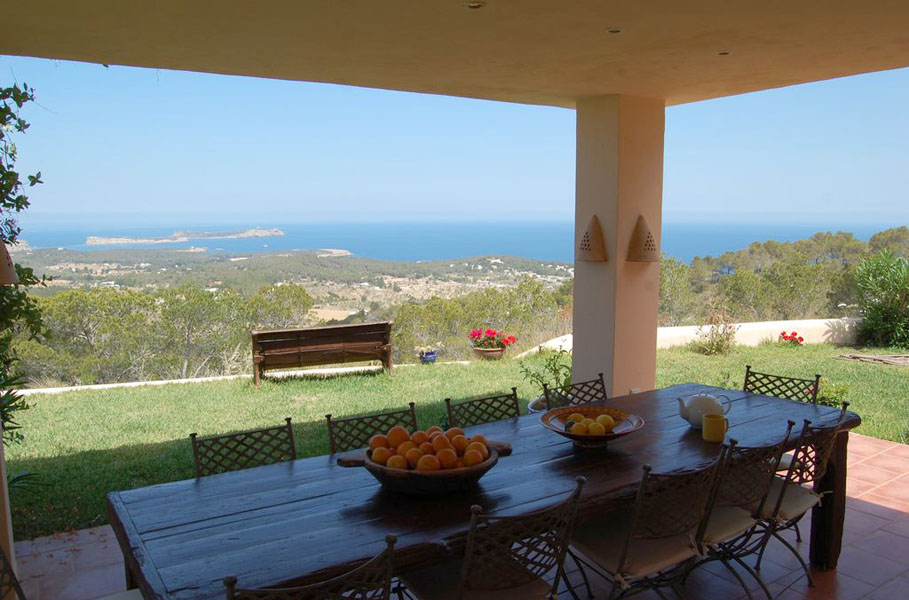 Ses Roques es una de nuestras villas m‡s ailsadas en Ibiza - secluded villas in Ibiza - Ibiza Villa