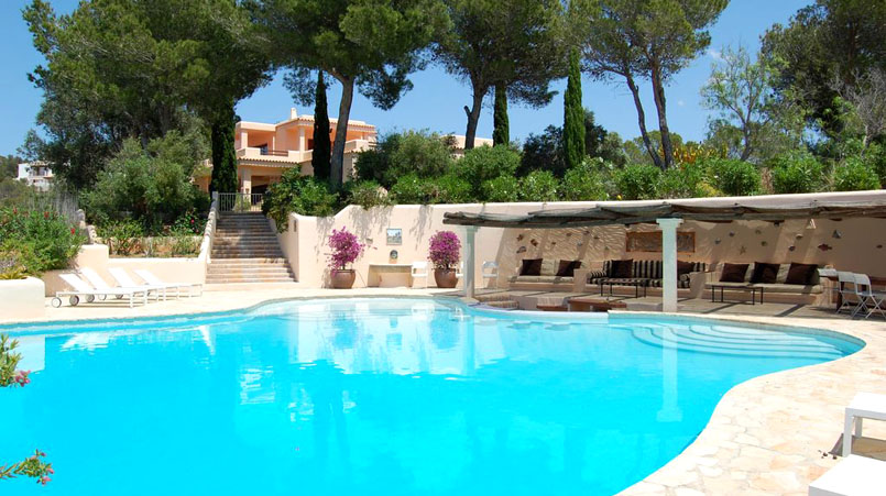 luxury villa in Ibiza for 10 people, Our luxury villa of the month: Ses Roques
