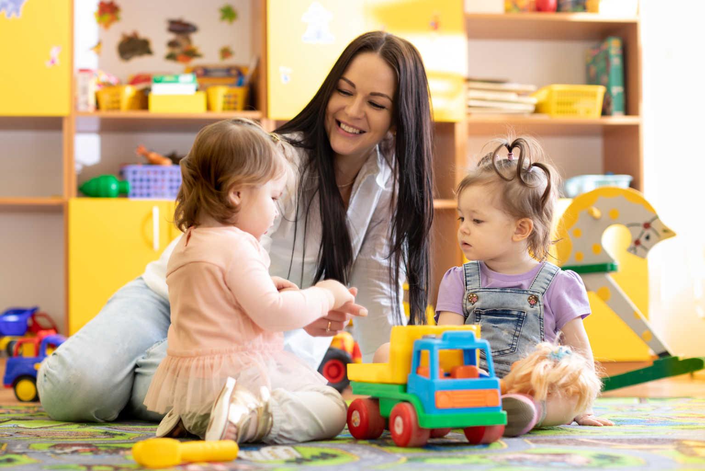 babysitters ibiza villa, Babysitter